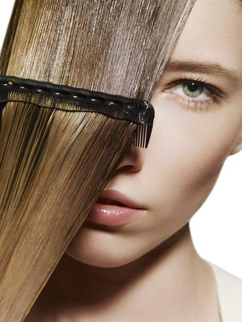 Hair, Face, Eyebrow, Hairstyle, Eyewear, Beauty, Forehead, Hair coloring, Blond, Skin,