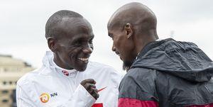 Eliud Kipchoge yMo Farah, frente a frente en el Maratón deLondres