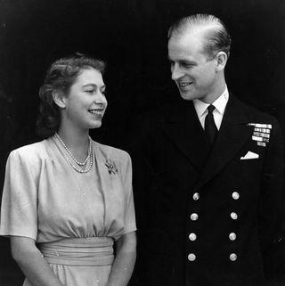 フィリップ王子との婚約発表時のお写真