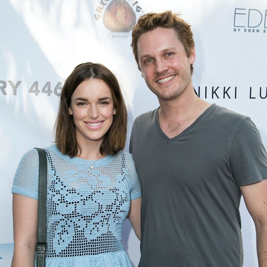 Agents of SHIELD star Elizabeth Henstridge announces she is engaged