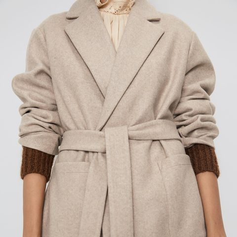 selección premium d1d53 83e91 El abrigo camel de Zara de tendencia de otoño 2019 más barato