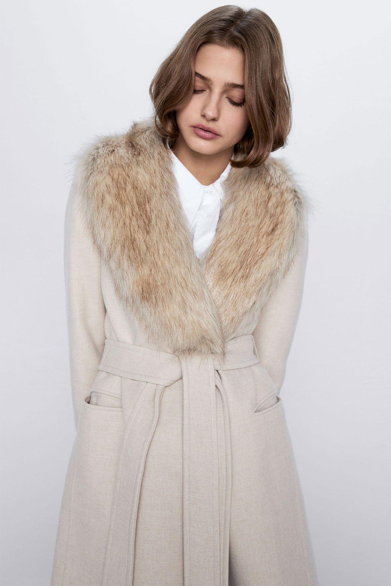 Por Este Abrigo Con Cuello De Pelo De Zara Olvidamos Las Rebajas