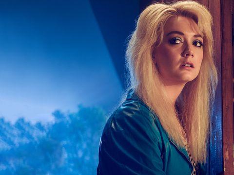 Hair, Face, Blue, Blond, Beauty, Sky, Head, Hairstyle, Lip, Chin,