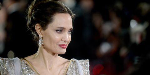 Angelina Jolie hace unadonación para luchar contra elcoronavirus
