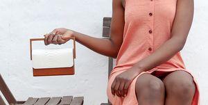 shoppingbolsos de mano de Zara para looks de ciudad