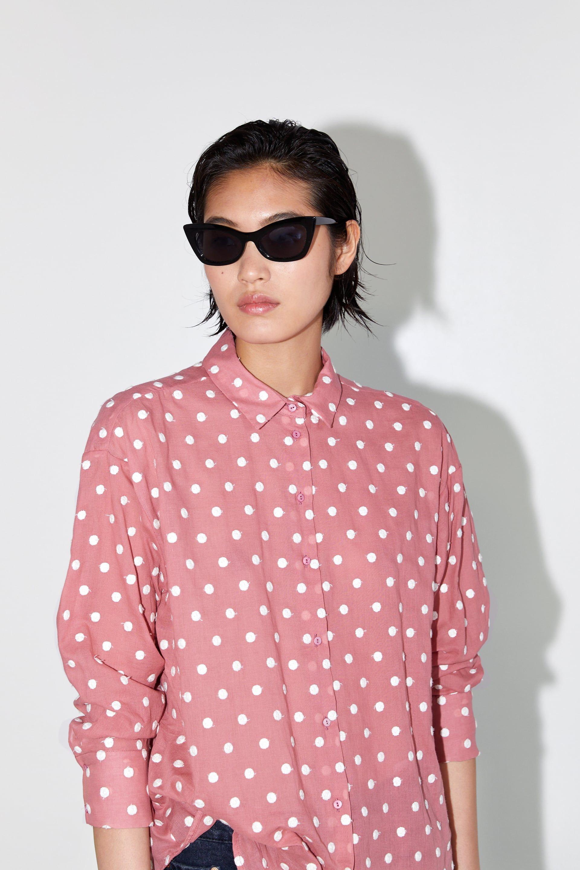431c39385 La camisa de Zara que ha enamorado a las redactoras de Elle