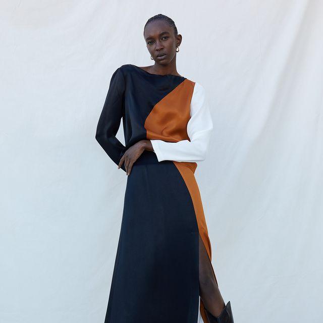 el conjunto de top y falda midi tricolor de sfera hiper elegante