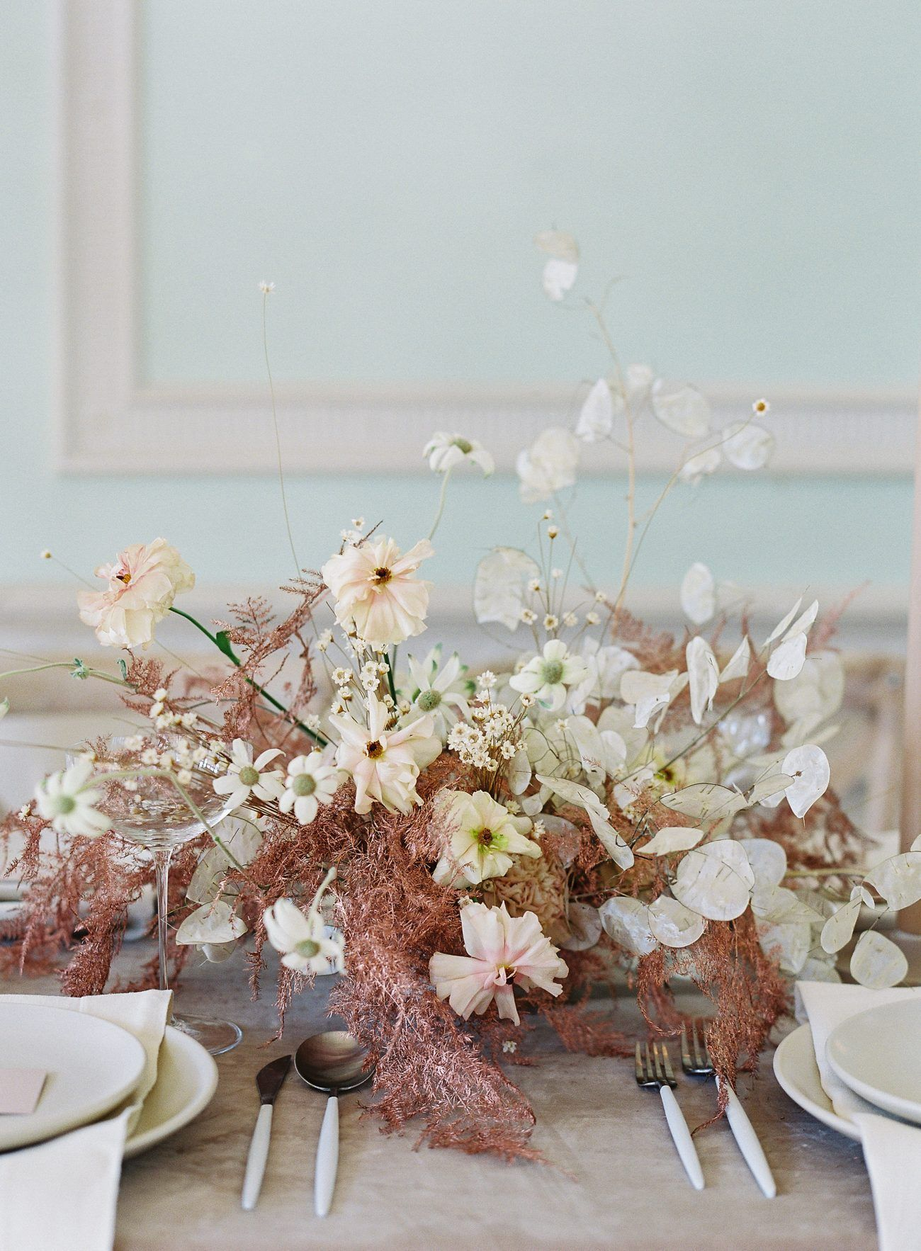 25 Best Wedding Centerpieces For A Day Brimming With Elegant Charm