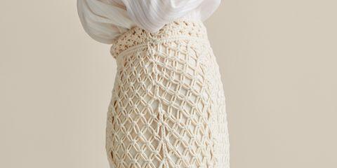 9d765a4985 La falda midi de Massimo Dutti de crochet más bonita del mundo