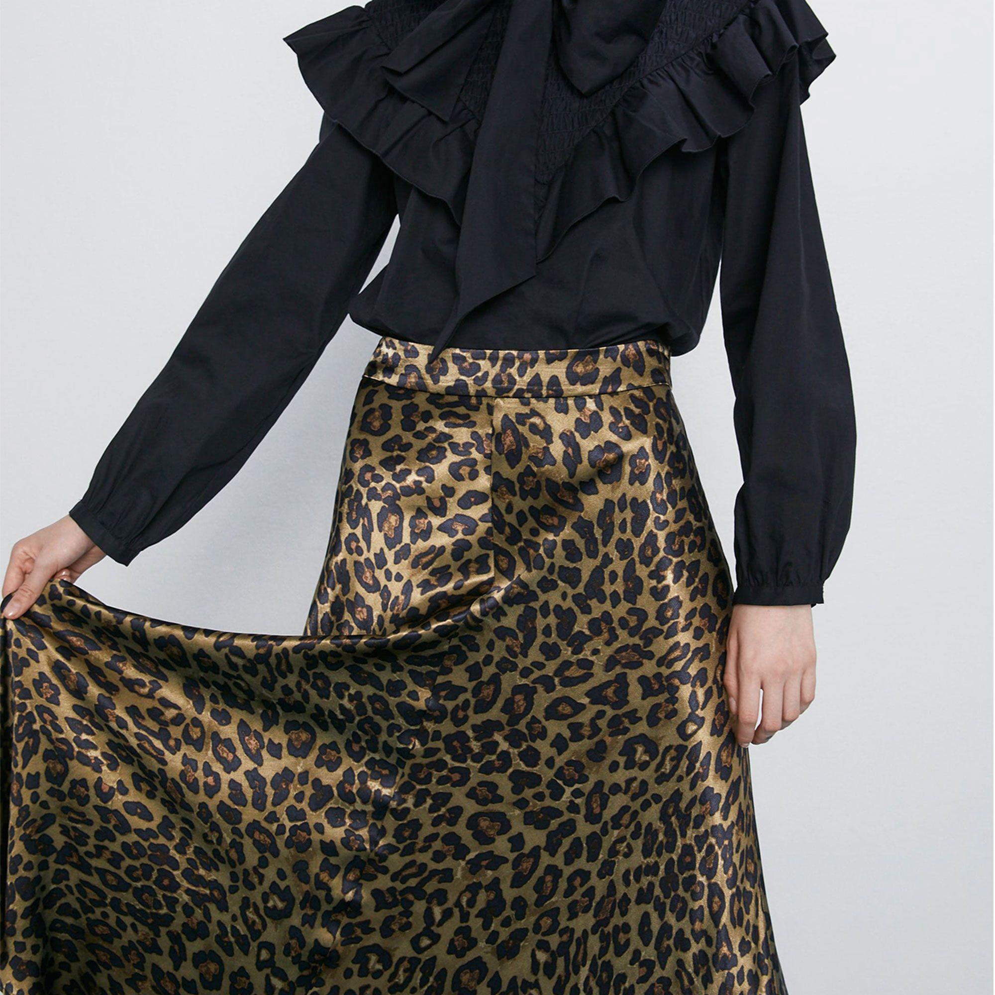 La falda larga con estampado de leopardo de Zara para arrasar