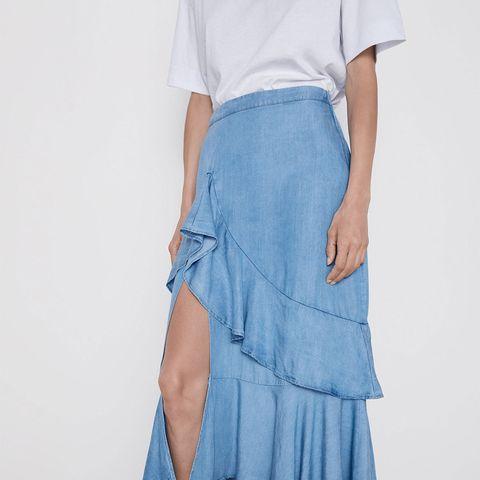 c007e9761 La falda vaquera de Zara no tiene nada que ver las demás