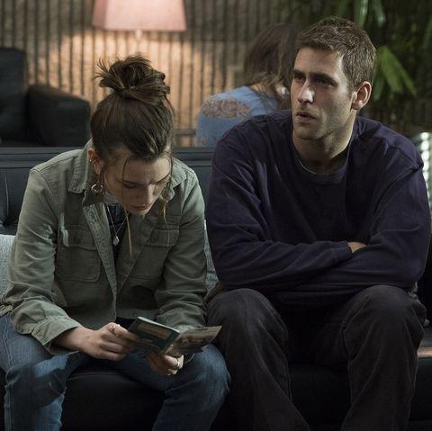 You Season 2 Victoria Pedretti On Love Quinn S Shocking Past And Loving Joe Goldberg
