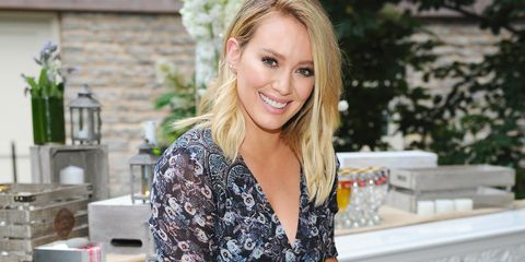 Hilary Duff Misses Rom-Coms, Too - Younger Season 5 Finale Hilary Duff Interview