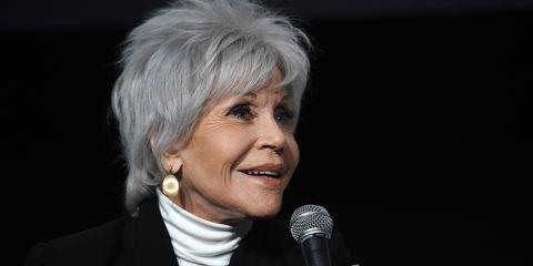 Jane Fonda vuelve a susvídeos de ejercicio encasa y lucha contra el cambio climático