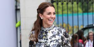 Kate Middleton con vestido con estampado floral de Erdem