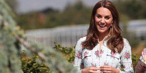 Kate Middleton vestido midi flores