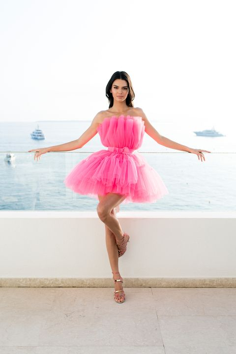 Kendall Jenner vestido rosa Giambattista Valli x H&M  gala amfAR Cannes 2019
