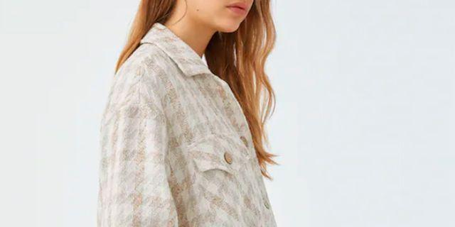 camisa y minifalda de pullbear