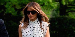 Melania Trump con vestido de lunares de Alessandra Rich