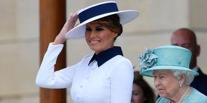 Melania Trump vestido blanco sombrero viaje Reino Unido