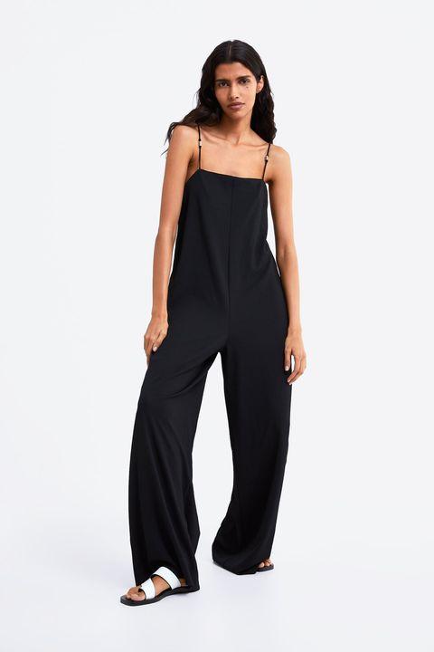 Los Vestidos Faldas Y Monos De La Nueva Coleccion De Primavera Que Zara Asume Que Si Usas Una Talla L O Xl Tambien Mides Mas De 1 70