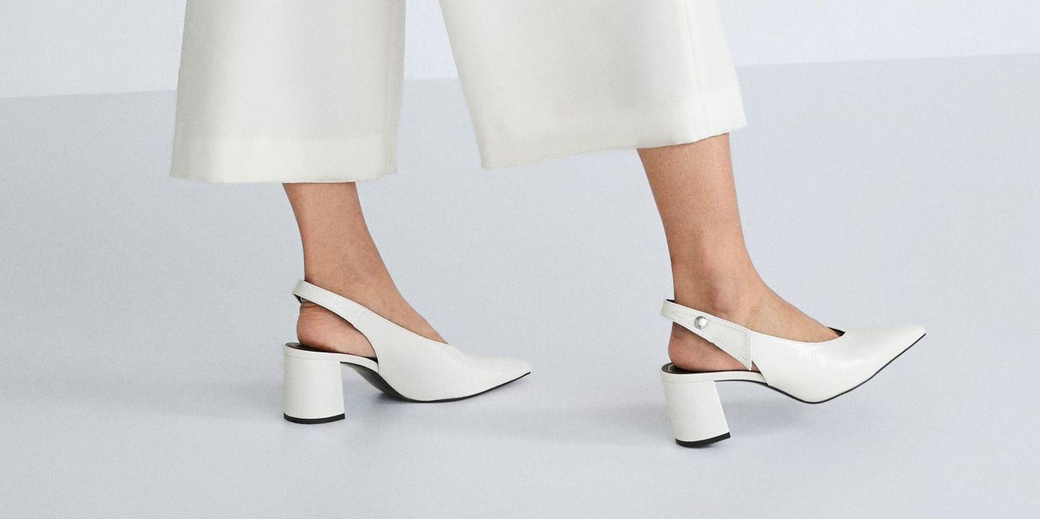 zapatos blancos zara