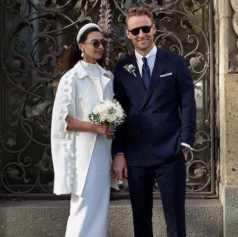 novia capa valentino diadema look boda civil instagram