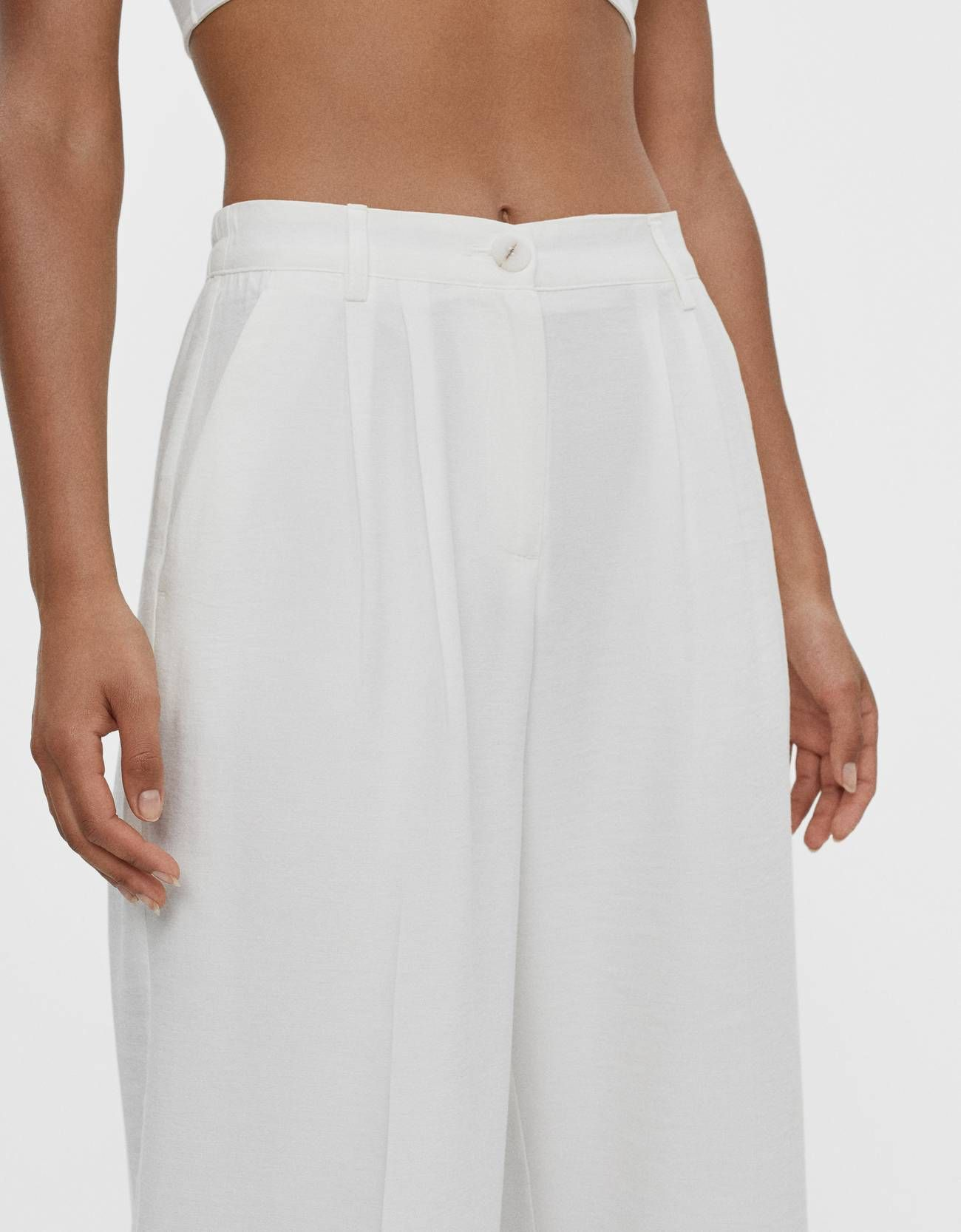 El Pantalon Ancho Blanco De Bershka Que Usan Las Expertas De Moda