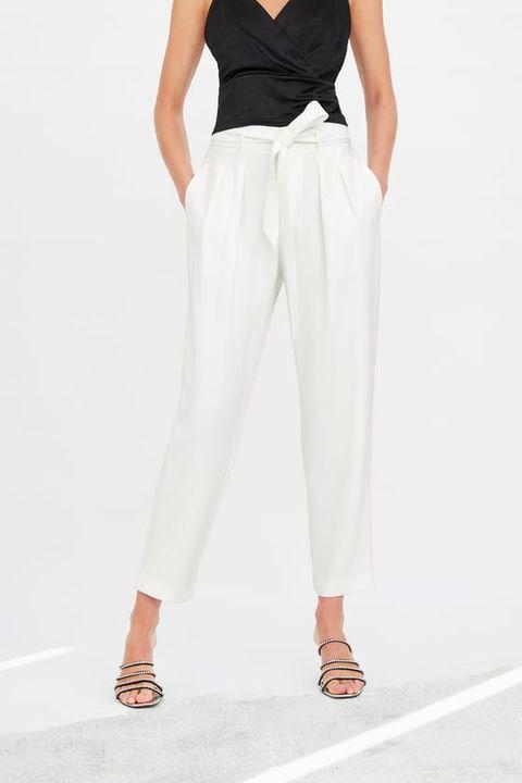9 Pantalones Blancos Palazzo Mom Fit Paper Bag Short Que Son Un Basico De Armario Imprescindible