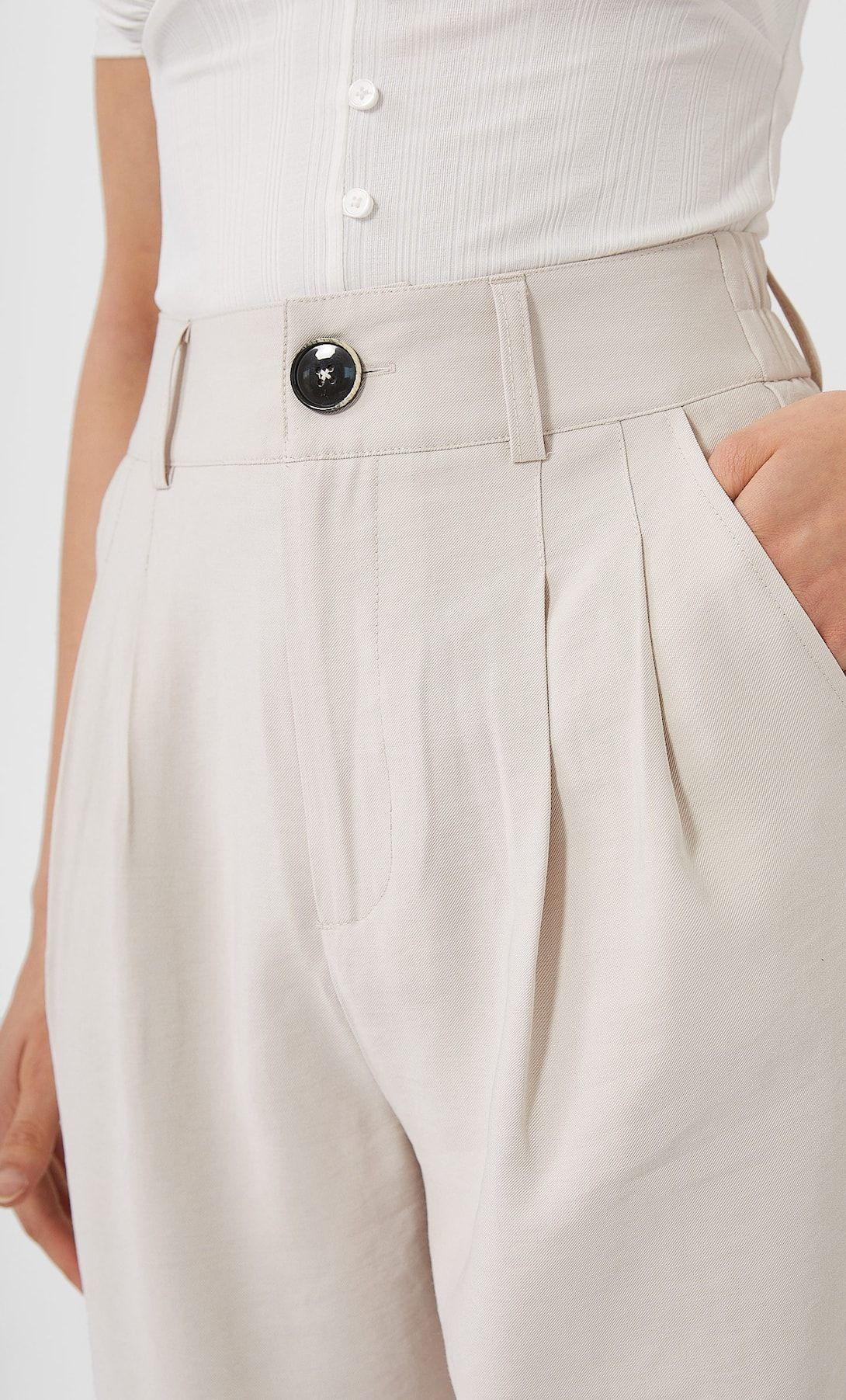 Los Pantalones Slouchy Fluidos De Stradivarus Para Mujeres Bajas