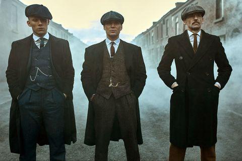 los tres hermanos murphy cillian murphy tommy shelby, arthur paul anderson y john joe cole