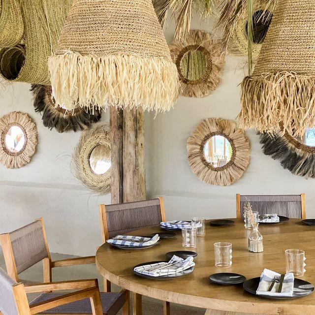 foto de una mesa en pecador ibiza, el restaurante de nandu jubany
