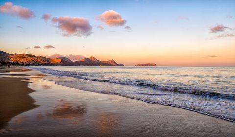 Atardecer en la playa de Porto Santo, Madeira, Portugal