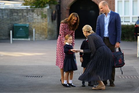 princesa Charlotte primer día colegio Kate Middleton príncipe William príncipe George