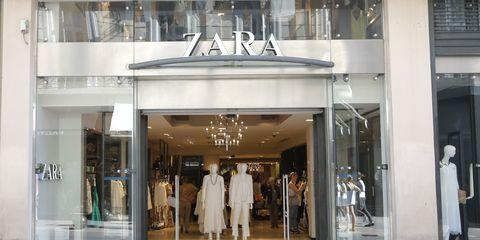 5c799c8327de Rebajas de verano en Zara, Mango o Stradivarius - La lista de marcas ...