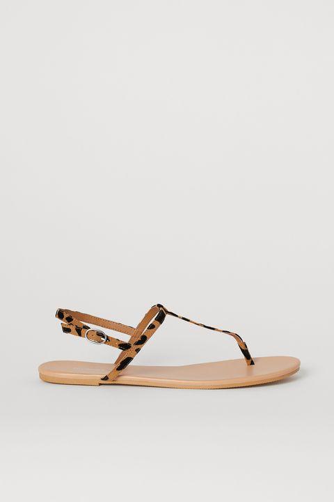 Boutique en ligne 78ea8 e03fc Vestidos, monos, tops y sandalias planas de H&M cuestan ...