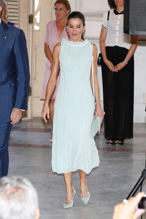 La Reina Letizia Estrena Vestidos De Nina Ricci Y Maje En Cuba