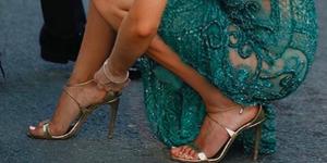 shoppingsandalias de tacón doradas para invitadas de boda