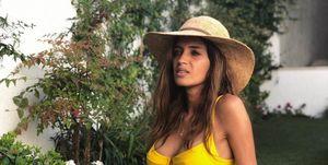 7cb5da3e6568 Sara Carbonero tiene el bikini marinero de Calzedonia ideal