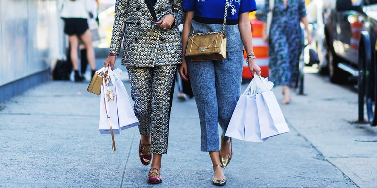 The Lost Art of Shopping with friends