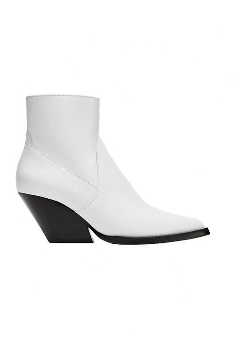 141fbdb193d7 7 Spring Shoe Trends for 2018 - Spring Sandals