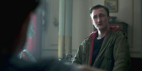 tom brooke as michael fagan in the crown season 4