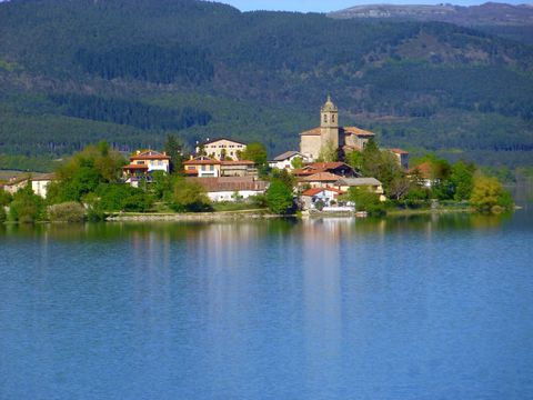 Nature, Water, Lake, Reflection, Natural landscape, River, Water resources, Hill station, Town, Sky,