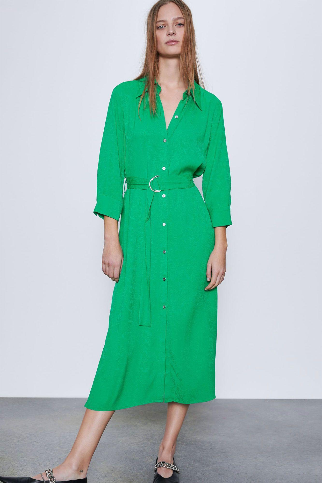 El único vestido camisero de Zara que compraría una editora