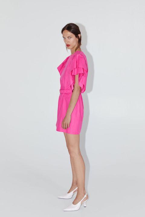 dcef50ed6 El vestido corto de fiesta rosa de Zara para ignorar las rebajas