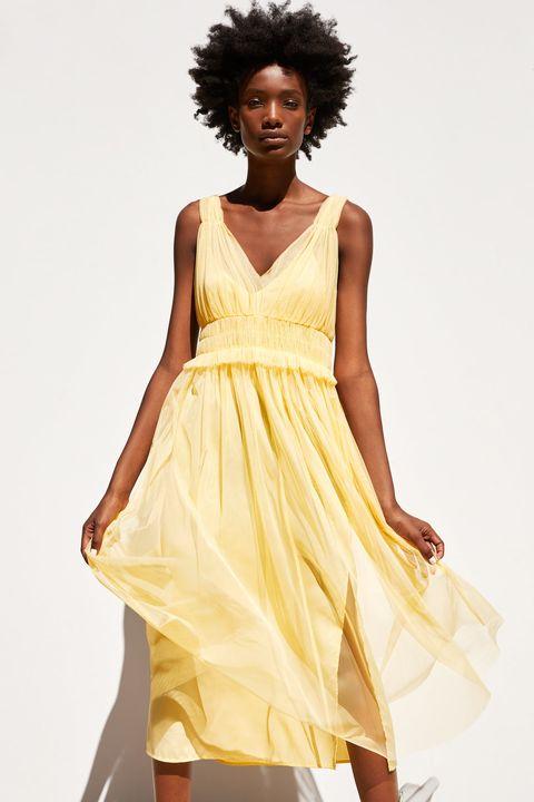 Nuevos objetos amplia gama vista previa de Este vestido largo amarillo de tul de Zara de 30 € es lo más ...