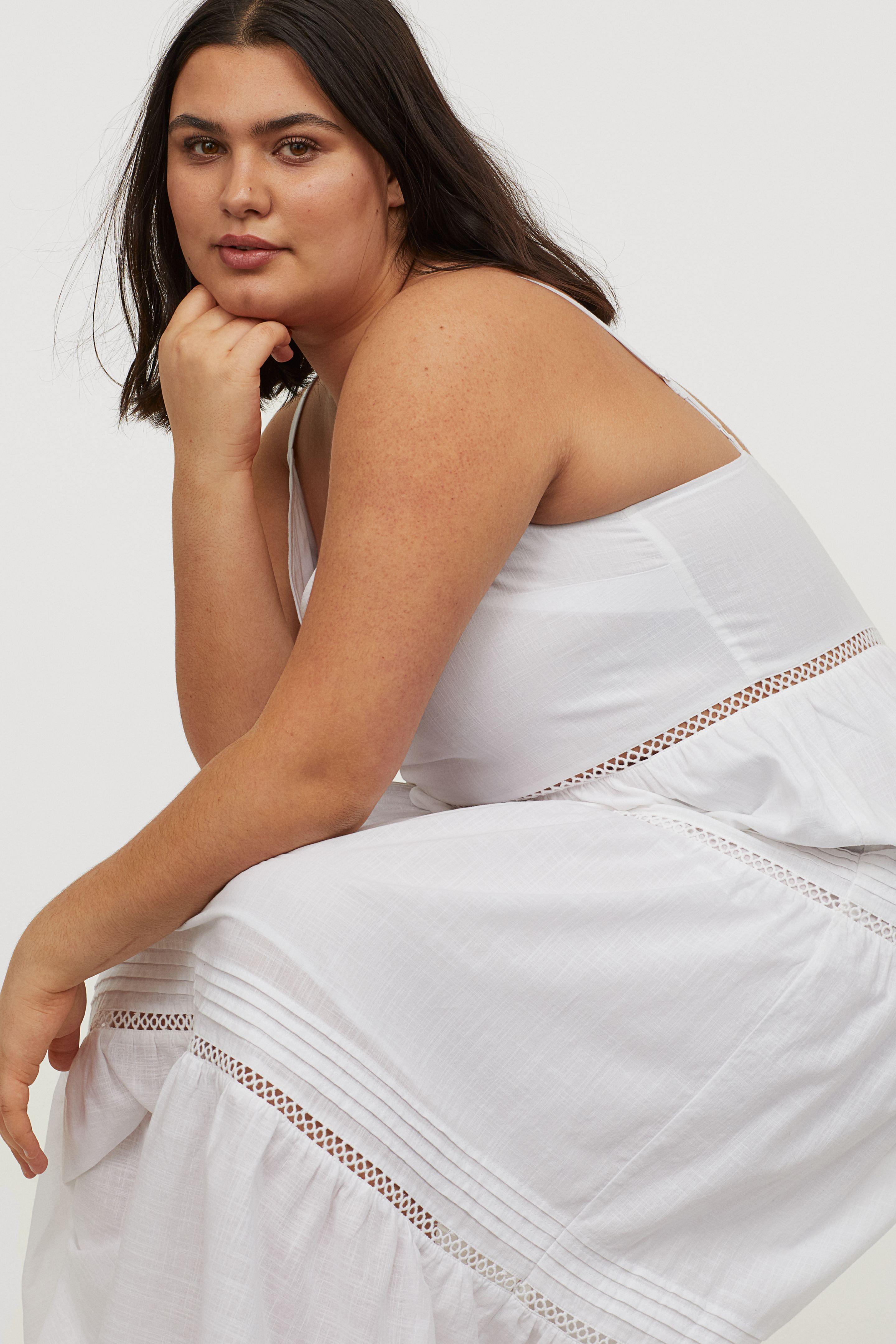 Nace El Vestido Largo Blanco Para Bajitas De Talla Grande En H M