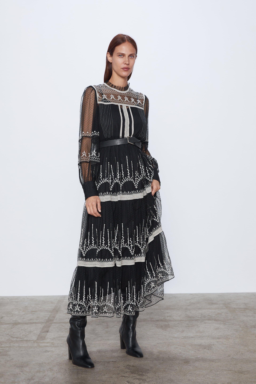 Vestido Negro Largo Con Jersey Rosa De Zara