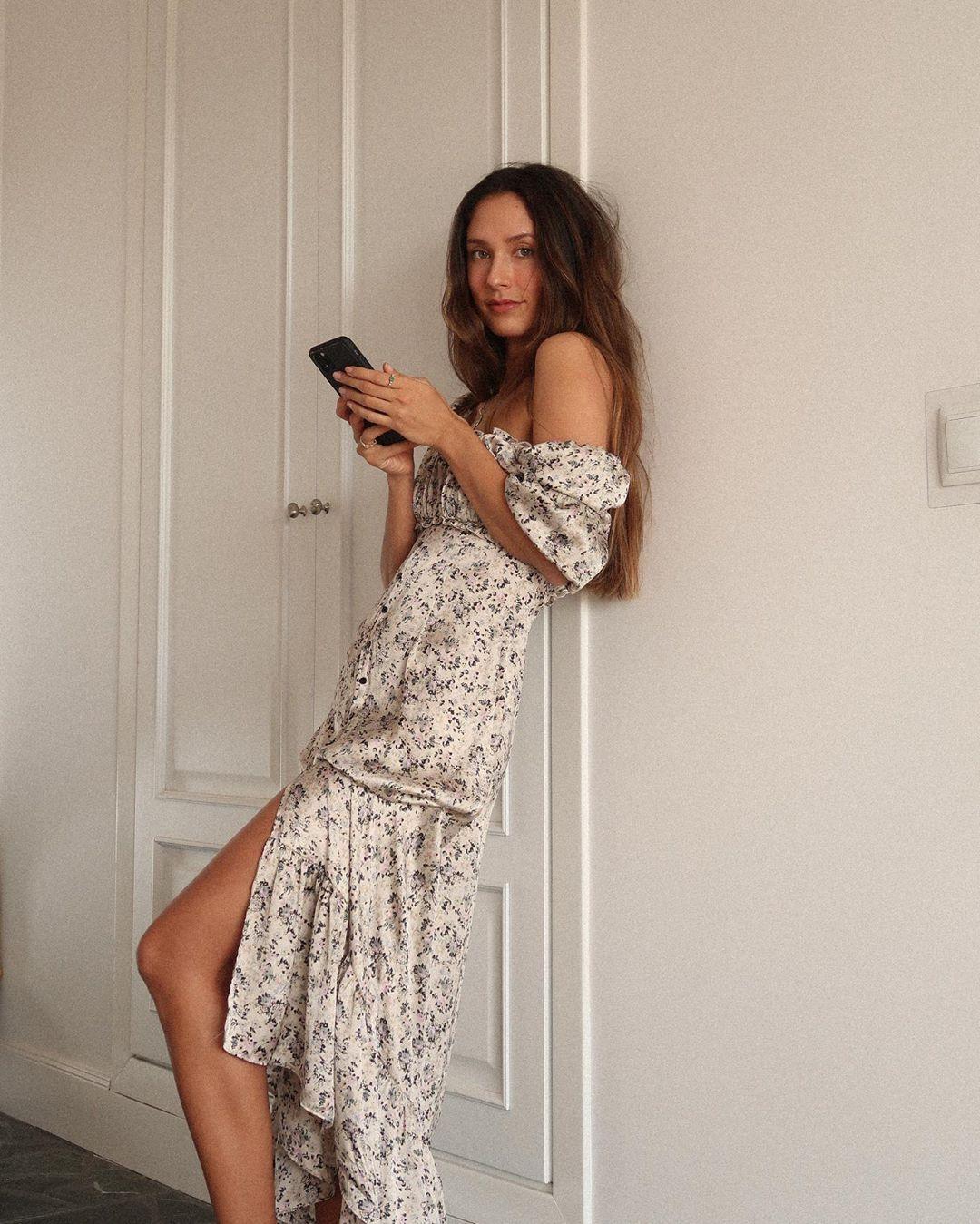 Vestido largo modelo símil al de Zara , está nuevo con