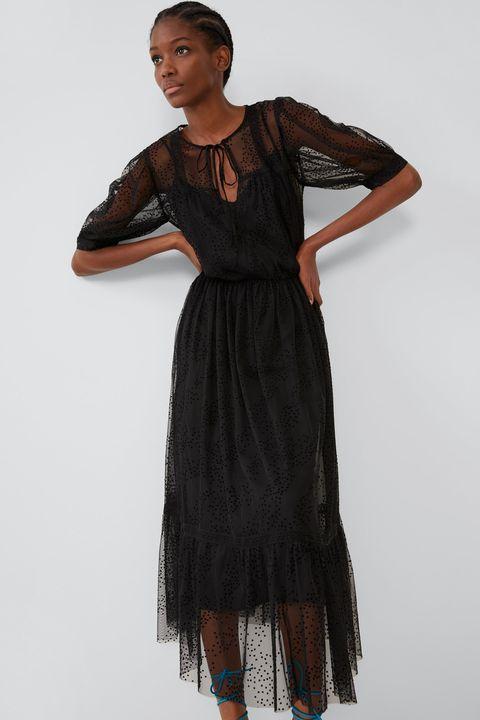 compras Nueva York tiendas populares El vestido largo negro de manga abullonada y plumeti de Zara